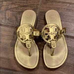 Tory Burch Miller Flip Flops Gold Pebbled 5.5